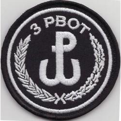 Emblemat 3 PBOT na mundur galowy i wyjściowy (wg systemowego projektu)