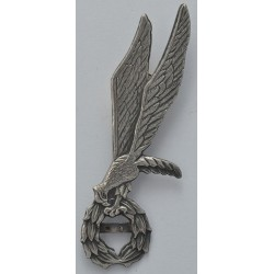 Metalowa odznaka skoczka spadochronowego z belką na liczbę skoków (gapa)